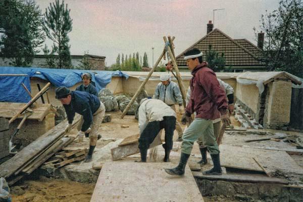 Japanese-helpers-at-work